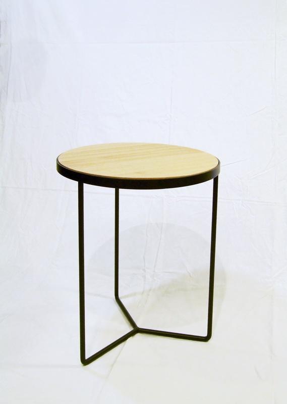 bestelltisch dessau designerm bel berlin massivholztische design regale st hle tische. Black Bedroom Furniture Sets. Home Design Ideas